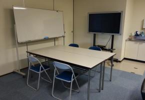 情報コミュニケーション学科共同研究室1B