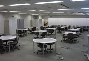 情報コミュニケーション学科実験室2